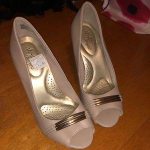 🌵Nude heels